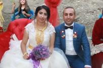 KANAAT ÖNDERLERİ - Aşiret Düğününden Cumhurbaşkanı Erdoğan'a Tam Destek