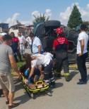 DİKKATSİZLİK - Denizli'de Trafik Kazası Açıklaması 1 Ölü, 3 Yaralı
