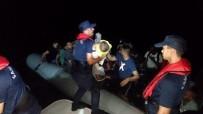 KAÇAK GÖÇMEN - Didim'de 54 Kaçak Göçmen Yakalandı