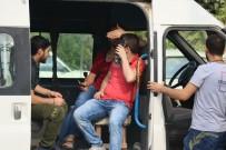 KAÇAK GÖÇMEN - Kaçak Göçmen Sanıldılar Suriyeli İşçi Çıktılar