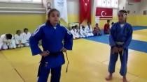 SELANIK - Minik Judoculardan Emanet Kıyafetle Büyük Başarı