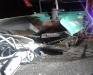 Otomobil, Asfalt Serme Aracına Çarptı Açıklaması 2 Ölü