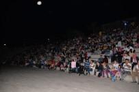 YEŞILKENT - Sinema Festivali Hafta Sonu Da Yoğun İlgi Gördü