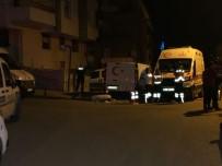 KALABA - Taksici Tartıştığı İki Genci Bıçaklayarak Öldürdü... Kan Damlaları Zanlıyı Ele Verdi