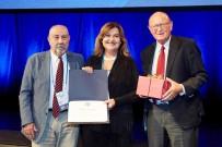 İZMIR EKONOMI ÜNIVERSITESI - Türk Bilim İnsanına Onur Ödülü