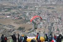 TALAS BELEDIYESI - Türkiye Yamaç Paraşütü Mesafe Yarışması Başladı