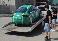 MAKINE MÜHENDISI - Üniversite Öğrencilerinin Ürettiği Elektrikli Otomobil Hacıwatt Yolların Tozunu Attırıyor