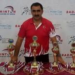 Badminton Semineri Vermek İçin  Yunanistan'a Gitti