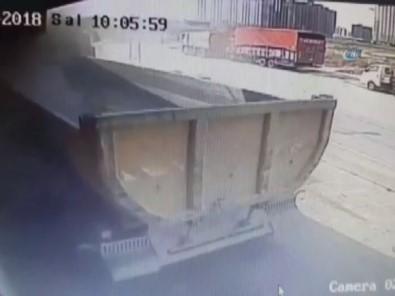 Hafriyat kamyonu dehşeti kamerada!
