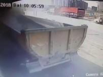 HAFRİYAT KAMYONU - Hafriyat kamyonu dehşeti kamerada!