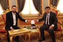 KEREM KINIK - İstanbul Valisi Vasip Şahin, Türk Kızılayı İstanbul Şubesi'ne Kurban Bağışı Yaptı
