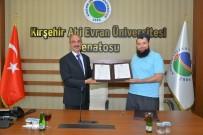 BÜROKRASI - Kırşehir AEÜ'si Rektörü Karakaya Açıklaması 'Yatırımcılarımıza Bilgi Yönümüzle Destek Vereceğiz'