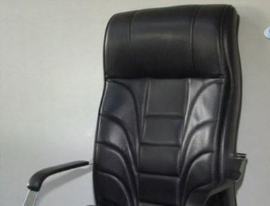 Menemen Belediyesi Başkanı'nın koltuğuna haciz