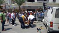 KIRMIZI IŞIK - Mersin'de Kaza Açıklaması 4 Kişi Yaralı