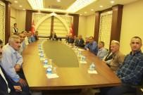 KANAAT ÖNDERLERİ - Vali Toprak  Şemdinli'deki Kanaat Önderleri İle Bir Araya Geldi