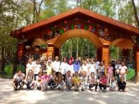 YEŞILKENT - Yeşilkent Semt Konağı Öğrencileri Ormanya'yı Gezdi