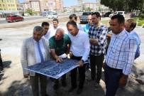YOL YAPIMI - Başkan Çelik Asri Mezarlıkta İncelemelerde Bulundu
