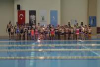 KARNE HEDİYESİ - Kırsaldaki Çocukların Havuz Keyfi