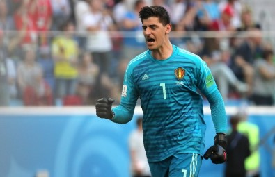 Thibaut Courtois resmen Real Madrid'de