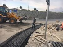 ŞAFAK BAŞA - TESKİ Süleymanpaşa'da Yağmur Suyu Hattı Ve Mazgal Yapımına Devam Ediyor