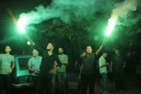 SEVINDIK - Davalık Taş Ocağı Kapatıldı, Vatandaşlar Kararı Meşalelerle Kutladı