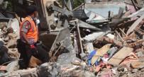 ENDONEZYA - Endonezya Felaketi Yaşıyor