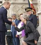 PRENS CHARLES - İngiltere Başbakanı May Reveransı Yine Fazla Kaçırdı
