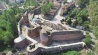 İznik'teki 2 Bin Yıllık Tarihi İstanbul Kapı'nın Altında İpek Yolu Bulundu