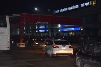 UÇAK TRAFİĞİ - Malatya'da Bir Ayda 80 Bin Yolcu Uçtu