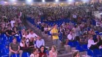 ÖZKAN UĞUR - MFÖ Açık Havada Konser Verdi