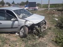 Ölüm Kavşağında Feci Kaza Açıklaması 9 Yaralı