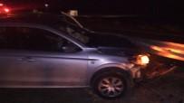 Otomobil Bariyerlere Çarptı Açıklaması 4 Yaralı