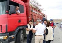 Yozgat'ta Kurbanlık Hayvan Taşıyan Kamyonlara Sıkı Denetim