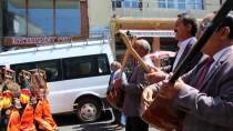 ARDAHAN BELEDIYESI - 17. Ardahan Ulusal Kültür Ve Bal Festivali Başladı