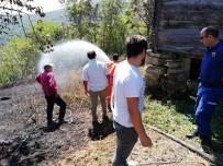 KADıOĞLU - Bahçe Temizliği İçin Yaktığı Ateş Evini Yok Ediyordu