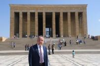 BÜYÜK TAARRUZ - Başkan Böcek'ten Anıtkabir'de