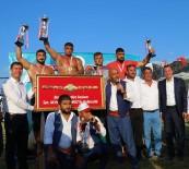 Burdur Belediyesi Yağlı Güreşleri'nde Furkan Durmuş Altın Başpehlivan Oldu