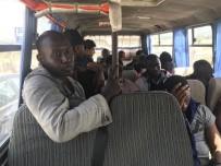 GÜLPıNAR - Çanakkale'de 44 Mülteci Yakalandı