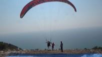 JEOLOJI - Hatay'da Yamaç Paraşütü Keyfi