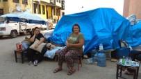 KADIN SIĞINMA - Kanser Hastası Anne İle Obaz Kızının Sokakta Yaşam Mücadelesi