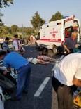 AŞIRI HIZ - Otomobil Tur Otobüsüne Çarptı Açıklaması 5 Yaralı