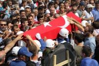 Zonguldak'ta Şehidi On Binler Uğurladı