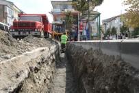 Akyazı'da Yağmur Suyu Kanalları Genişletiliyor