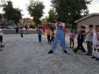 NECİP FAZIL KISAKÜREK - Geleneksel Sokak Oyunları Şenliği Çocuklarla Buluştu