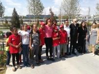 KANSER HASTALIĞI - Kale Geçlik Platformu Çocukları, Ankapark'ta Gönüllerince Eğlendiler