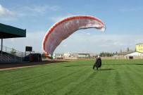Mardin'de Yamaç Paraşütü Eğitimleri Verilmeye Başlandı