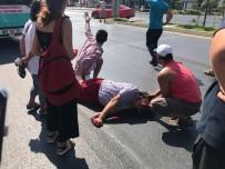 IŞIK İHLALİ - Otobüsün Çarptığı Norveçli Turist Ağır Yaralandı