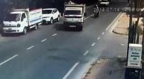 SARIYER - (Özel) İstanbul'da Motosikletli Genç Çiftin Yaşadığı Feci Kaza Kamerada