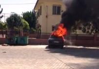 Şanlıurfa'da Çocuklar 2 Otomobili Ateşe Verdi