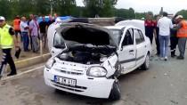 Tokat'ta Otomobil İle Hafif Ticari Araç Çarpıştı Açıklaması 1 Ölü, 3 Yaralı